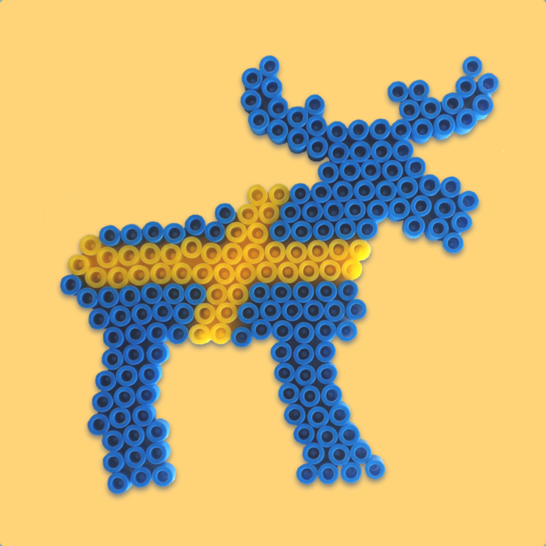Moose with the colors of the Swedish flag