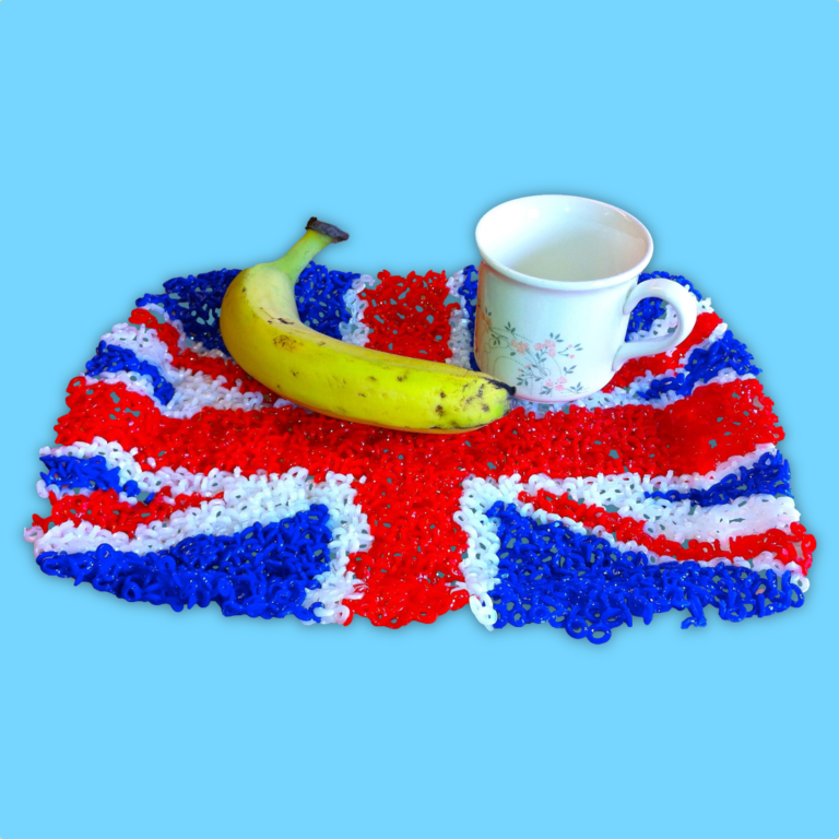 Tray with Union Jack pattern